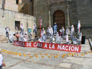 Protesters created scenes to call for justice.Oaxaca- the face of the nation.