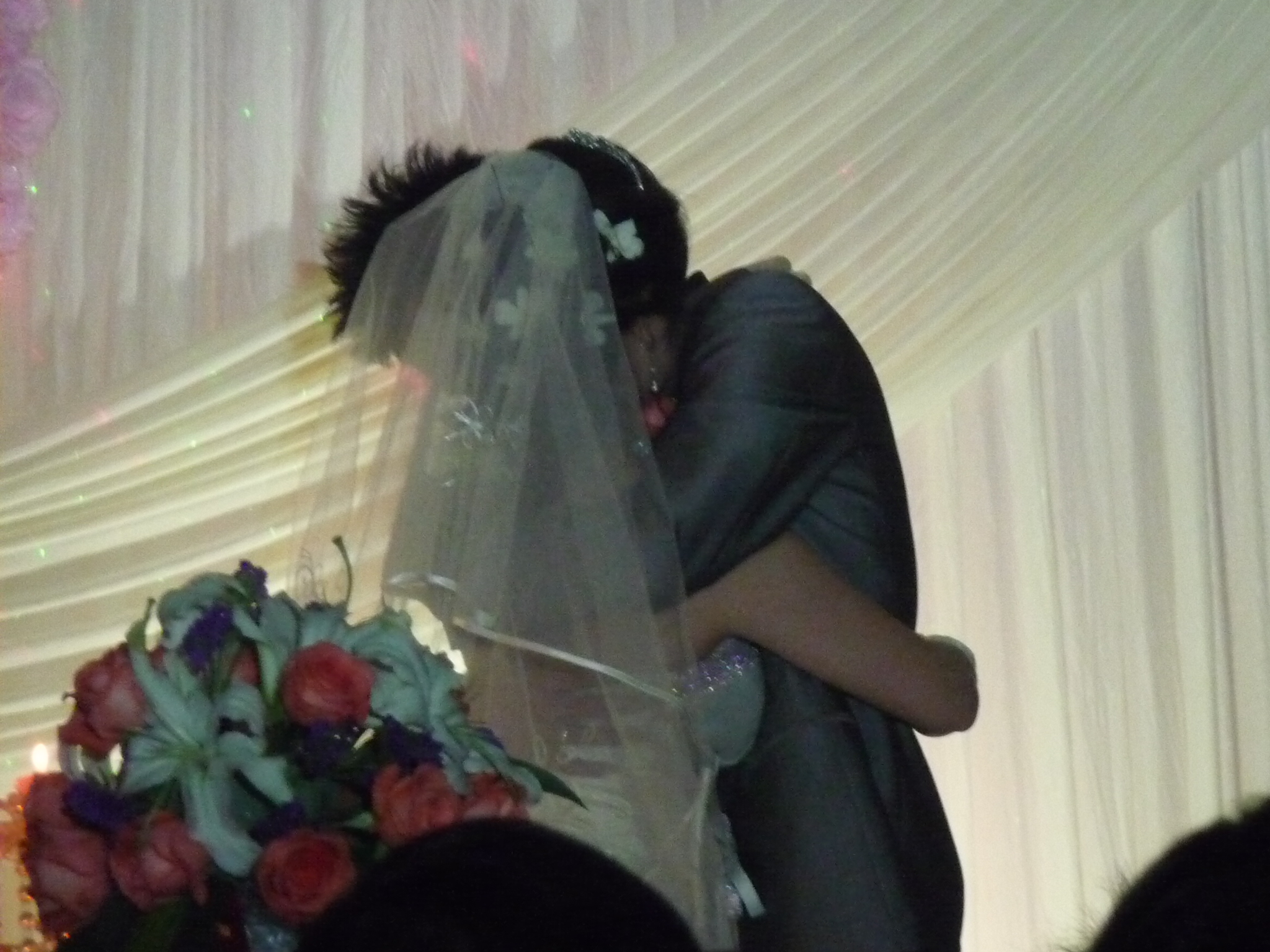 Image Result For Asian Wedding Kiss