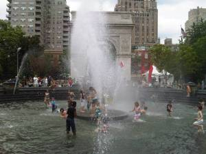 From: http://manhattan.about.com/od/neighborhoodguide/ig/East-Village-Photo-Gallery/washington-square-fountain.htm