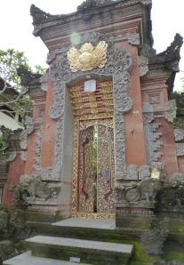 entrance13w