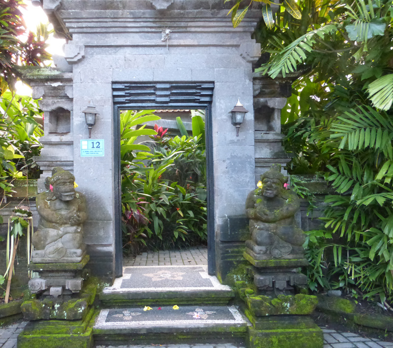 Bali Glimpses – Beautiful Entrances