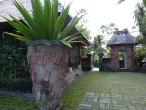 entrance4w