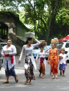 Bali-offeringsw