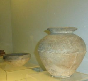 Grey pottery jar with incised rope pattern - Songze Culture - 3800-3200 B.C. at the Shanghai Museum