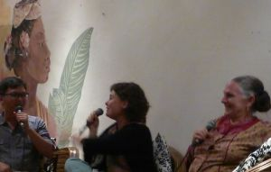 At Bar Luna: an entertaining and informative talk by two Western women who have married Balinese men