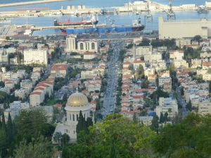 View from above the Ba'hai Temple in Haifa to the port.