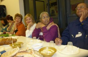Some of our Servas dinner companions: from the right - tagitxx, Sudeshna, Svetlana Pxx, Olga, xxx