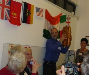 Israeli Servas host sharing his culture