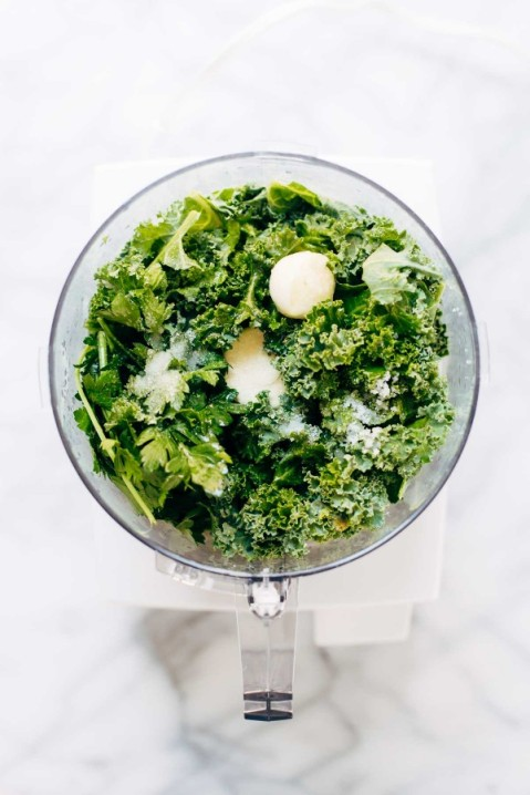 Kale-Pesto-Vegan-600x900